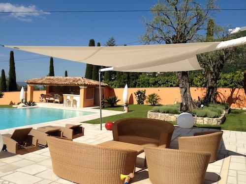 Voiles d'ombrage Artesun – la quintessence du luxe pour votre maison à St Tropez