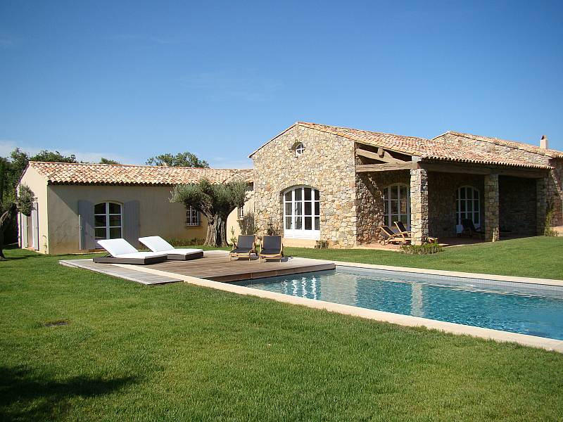 Rent a villa and spend Easter in Saint Tropez