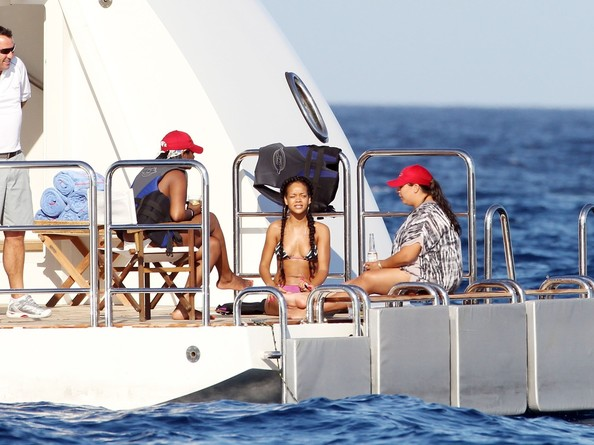 Rihanna Spotted in St Tropez