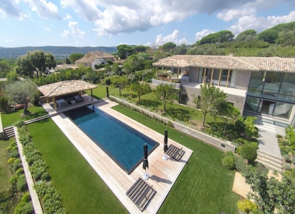 Tahiti Beach St Tropez A Wonderfully Luxurious Area For Villa Als