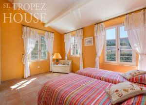 holiday rental villa saint tropez domaine de la castellane bedroom