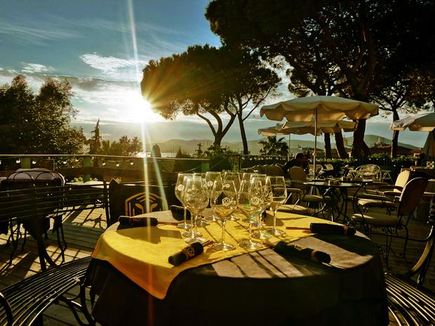 best restaurant terraces in st tropez le tigrr saint tropez