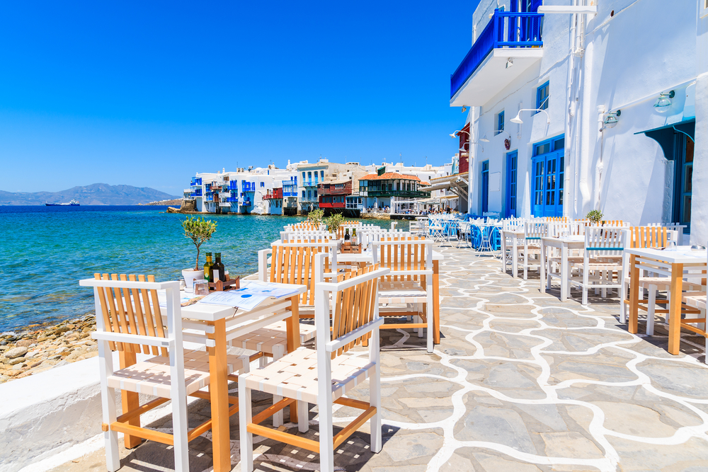 best place for beach clubs restaurant mykonos island greece