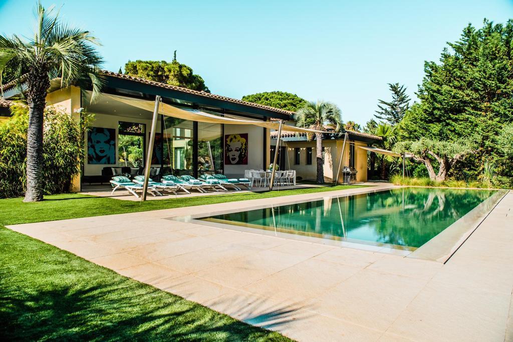 holiday rental villa st tropez pampelonne villa marilyn pool
