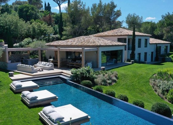 villas or hotels st tropez