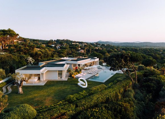 Finest Villas With Staff For Rent In St Tropez | St Tropez House