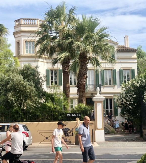 The Pop-Up House of Chanel In St Tropez