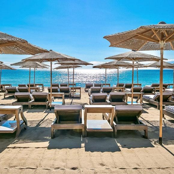 beach clubs in st tropez byblos beach club