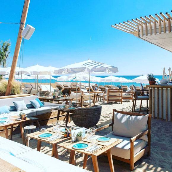 Club tropez beach st Le Club