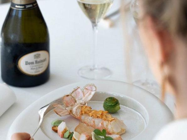 Best St Tropez Restaurants La Vague d'Or
